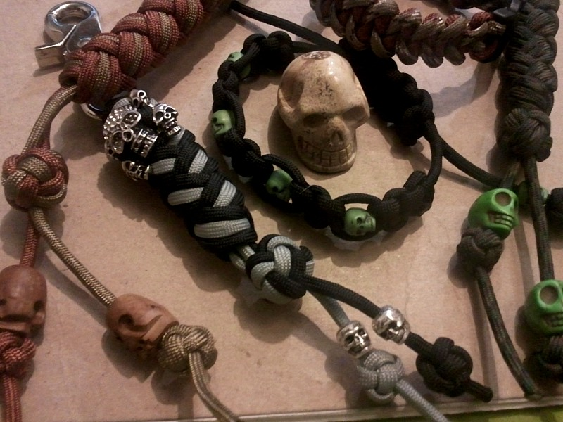 skull beads and paracord jp11-17-2012