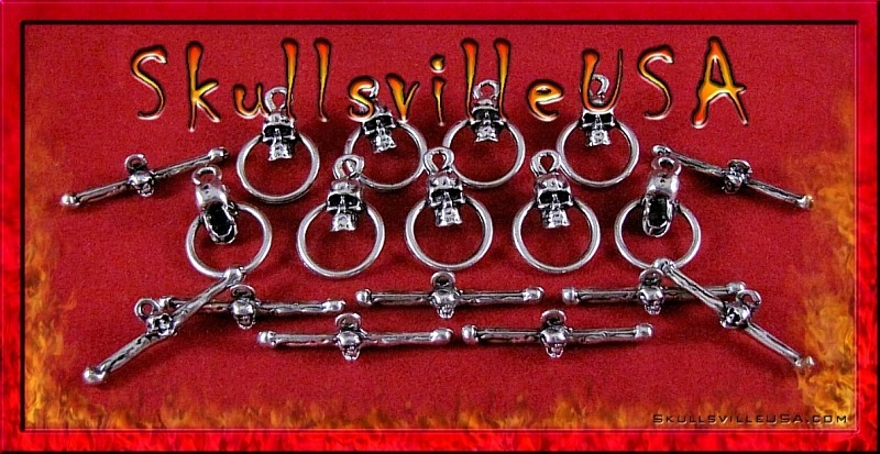pewter skull toggles