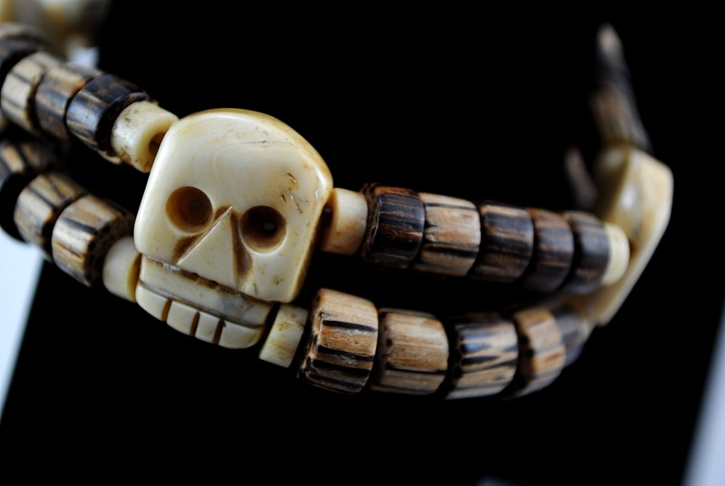 bone skull bead jewelry