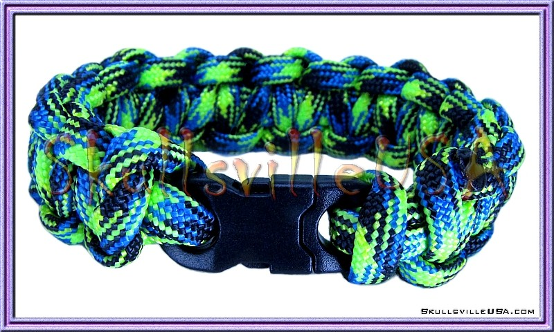 mini buckle paracord skull bracelet